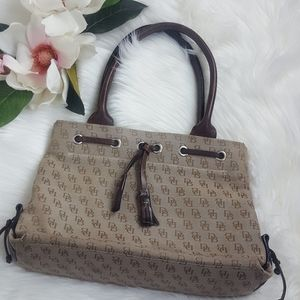 Dooney & Bourke | Signature Taupe/Brown Purse